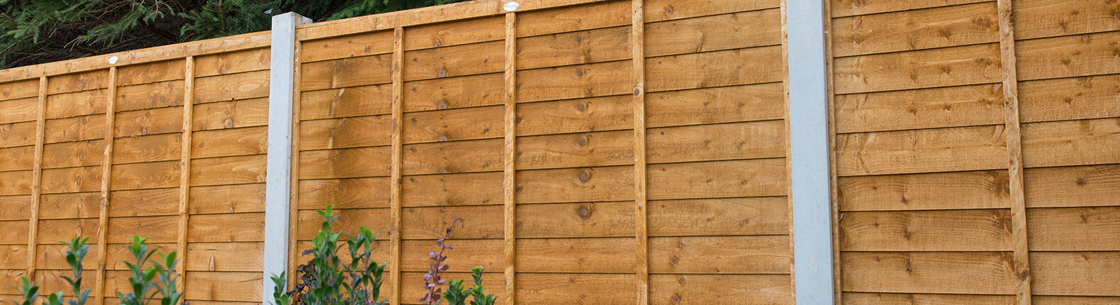 How to Choose the Best Fence for Your Garden - AVS Fencing